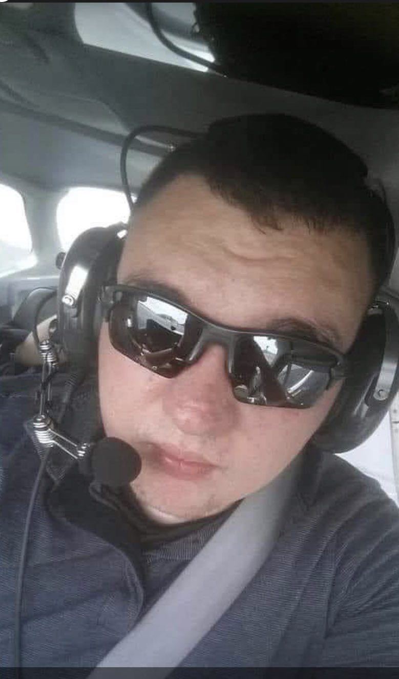 illinois-police-officer-struck,-killed-by-suspect's-vehicle,-police-say;-manhunt-on-for-driver