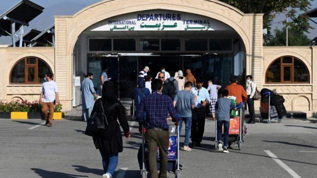 auswaertiges-amt-raet:-deutsche-sollen-dringend-aus-afghanistan-ausreisen
