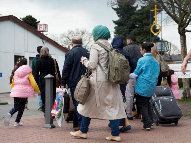 bamf-setzt-entscheidungen-ueber-asylantraege-von-afghanen-aus