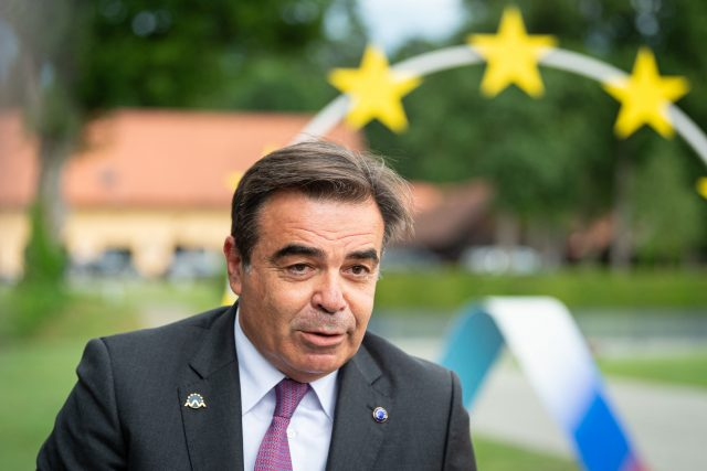 eu-kommissar-draengt-auf-einheitliche-migrationspolitik-in-europa