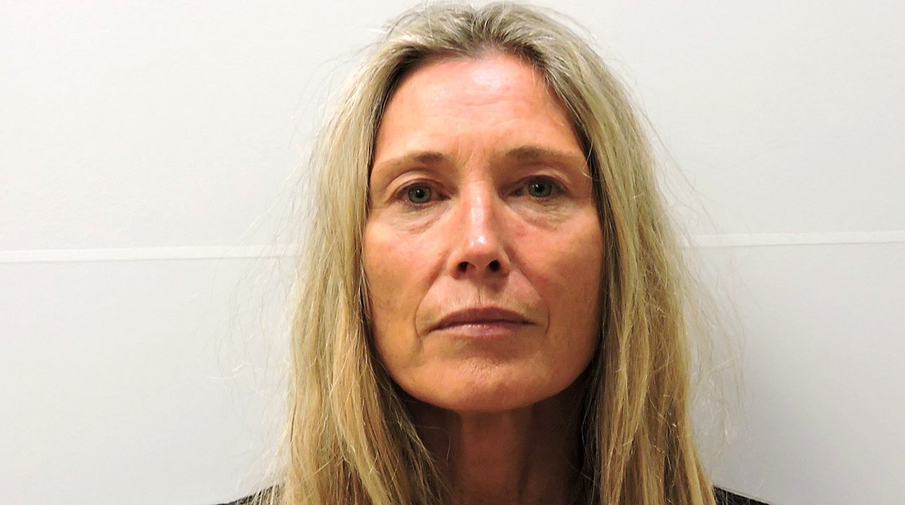 colorado-woman-accused-of-having-affair-with-barry-morphew-arrested-for-trespassing-at-family's-former-home