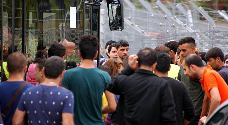 kurz-mal-die-grenzen-oeffnen:-asylheim-in-steyregg-geht-wieder-in-betrieb!