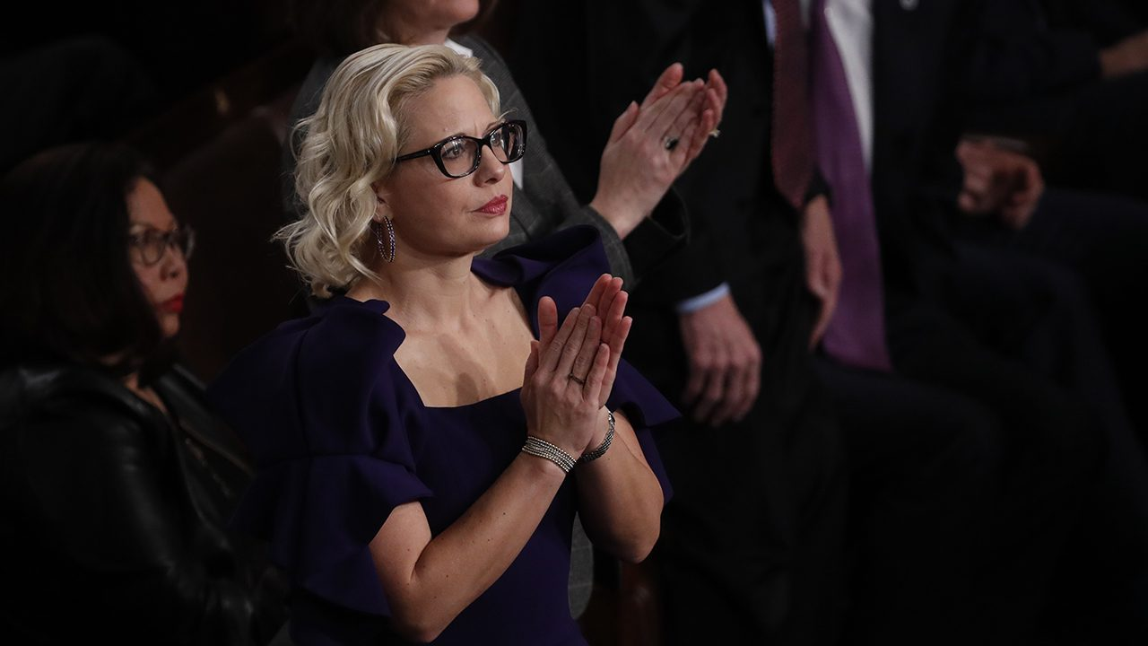 democratic-sen.-kyrsten-sinema-accosted-again-on-video-over-her-moderate-views