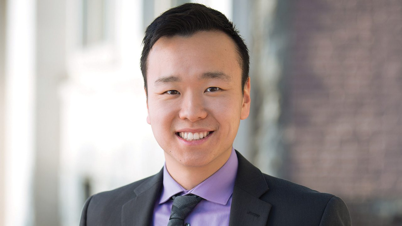 andrew-yang-could-be-part-of-mass-exodus-of-asian-americans-ditching-democratic-party,-author-says
