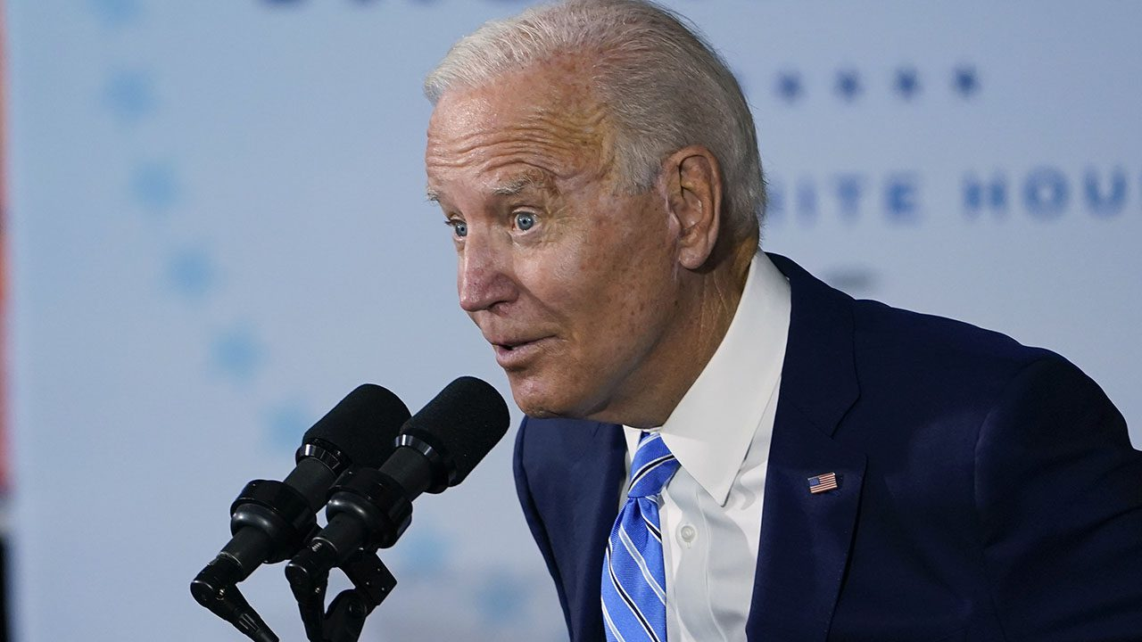 liz-peek:-biden's-economy-is-stalled.-here's-what-he-must-do-now-to-unfreeze-our-supply-chain