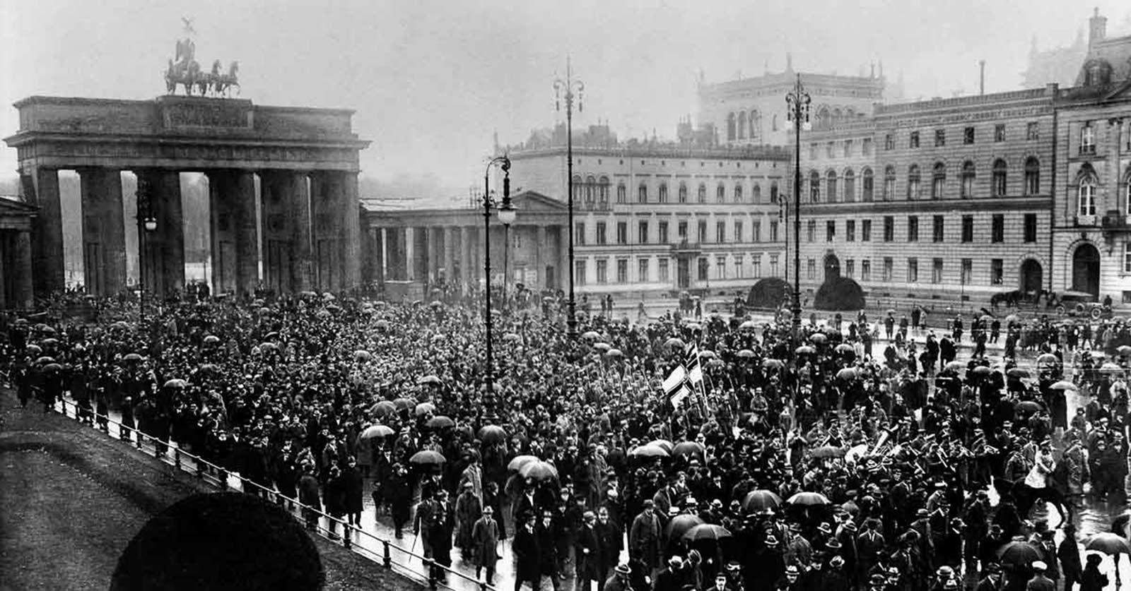 traum-der-hundert-stunden:-der-kapp-putsch-1920compact+