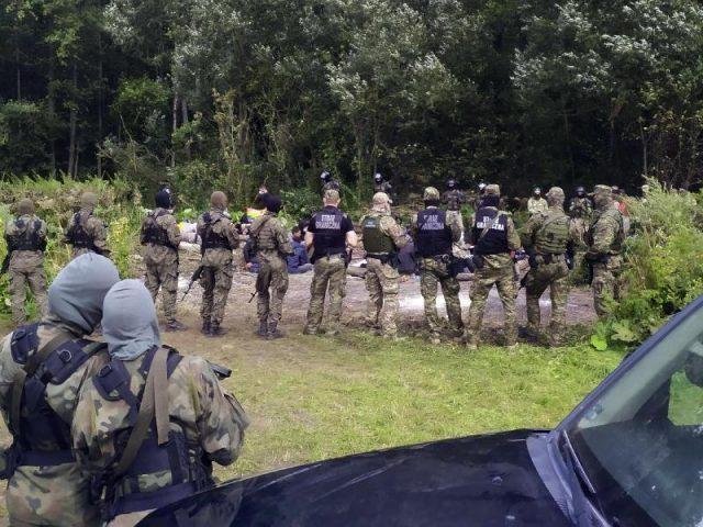 lukaschenkos-migranten-zwingen-bundesregierung-zum-handeln