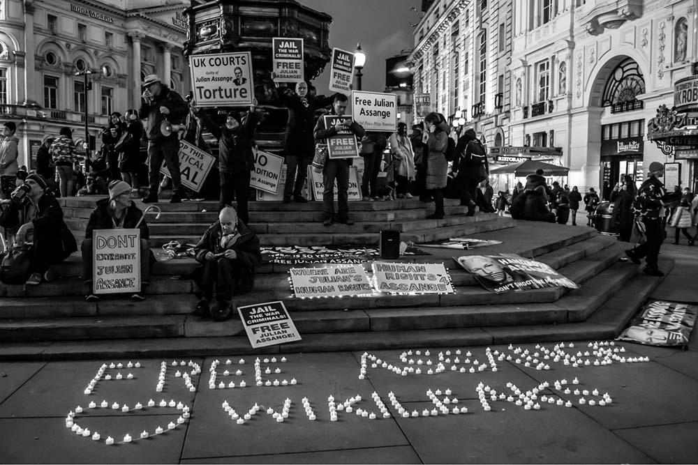 julian-assange-–-mordplaene,-schulterzucken-und-die-berufungsverhandlung