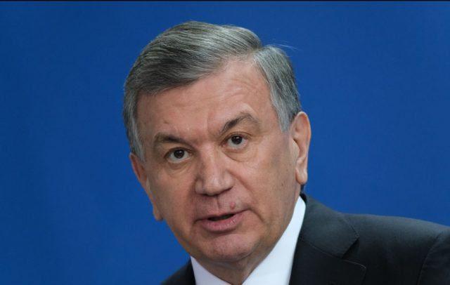 usbekistans-praesident-gewinnt-wiederwahl-wie-erwartet-deutlich